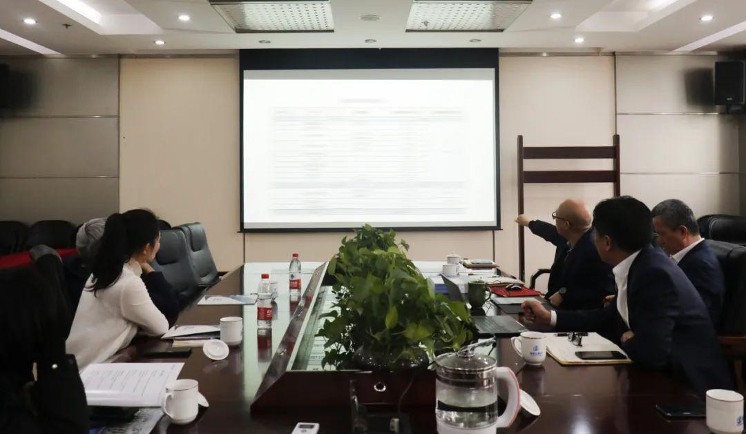 热烈欢迎PPP教父王守清教授、株洲市招标投标协会秘书长周利丹莅临远瓴数据集团指导交流